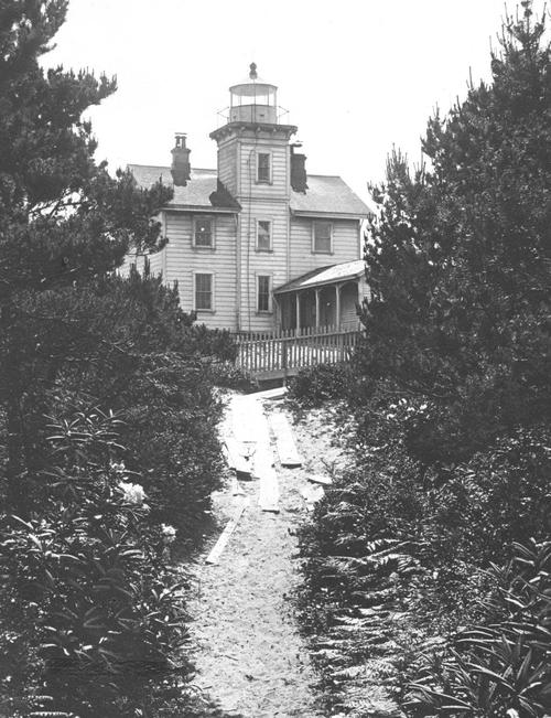 Yaquina Bay Lighthouse, Views from Newport, Oregon., Courtesy of Oregon State Library