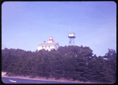 Yaquina Bay lighthouse in Newport, Oregon., Photo by Glenn G. Groff., Courtesy of State Library of Oregon.